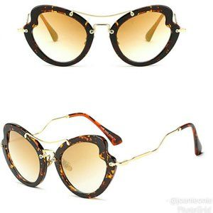 TORTOISE Cat Eyed Butterfly Sunglasses NWT